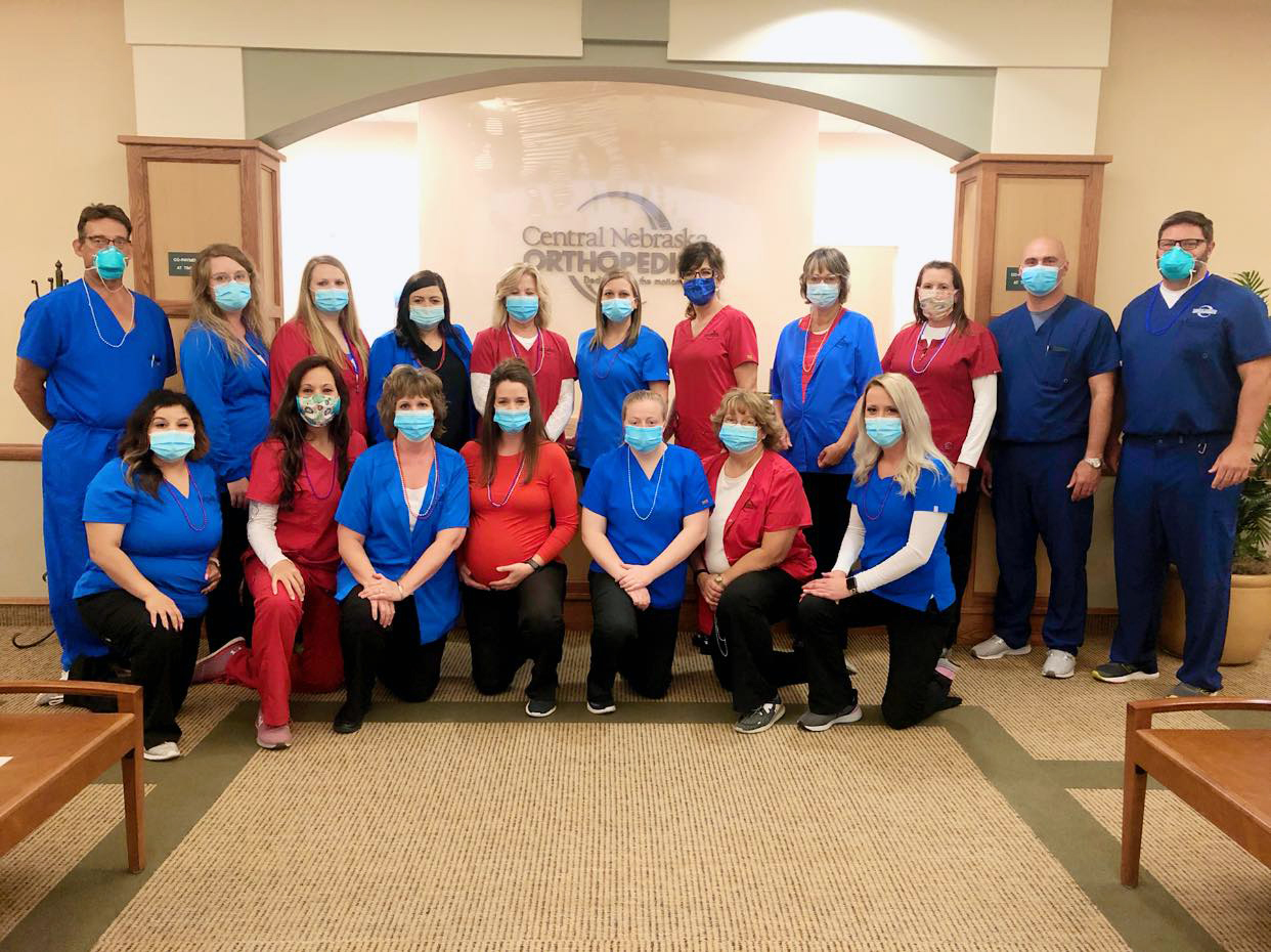 central nebraska orthopedic staff photo with masks